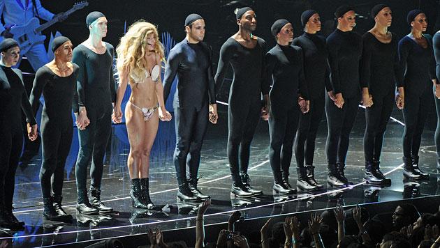 Viel nackte Haut bei den MTV Video Music Awards (Bild: AP)