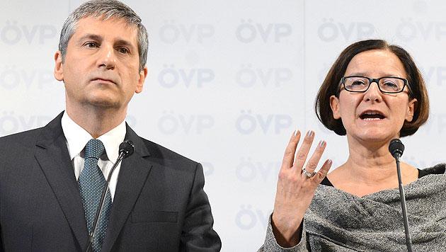 Österreich nimmt 500 syrische Flüchtlinge auf (Bild: APA/Helmut Fohringer)