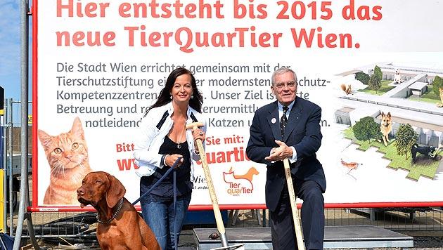 """Sima und Petrovic: """"Gemeinsam für Wohl der Tiere"""" (Bild: Christian Jobst/PID)"""