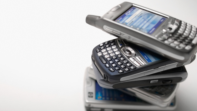 Drei Viertel aller Mobiltelefone sind Smartphones (Bild: thinkstockphotos.de)