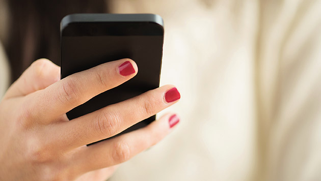 Neue App klärt Patienten über Krebs auf (Bild: thinkstockphotos.de)