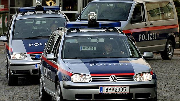Polizei macht mit 15 Autos Jagd auf Raddieb (16) (Bild: APA/ROBERT JAEGER (Symbolbild))