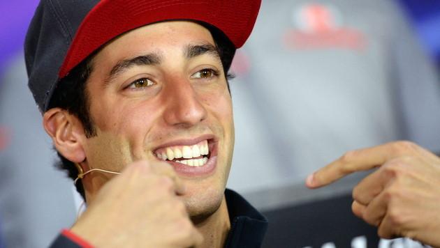 Red Bull vertraut ab 2014 auf Daniel Ricciardo (Bild: EPA)
