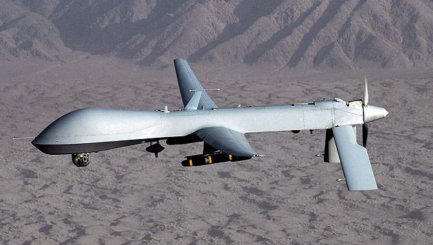 Alte Drohnen sollen WLAN aufs Schlachtfeld bringen (Bild: EPA)