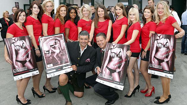 Jungwinzerinnen präsentierten ihren sexy Kalender (Bild: Zwefo)