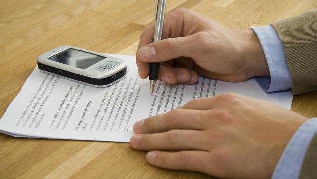 Strafzahlung für vorzeitige Kündigung verboten (Bild: thinkstockphotos.de)
