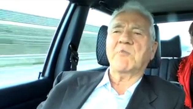 "Stronach: ""Todesstrafe für Berufsmord, Mafia-Type"" (Bild: Screenshot: YouTube)"
