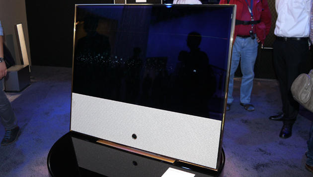 Loewe zeigt luxuriösen Gold-Fernseher auf der IFA (Bild: Dominik Erlinger)