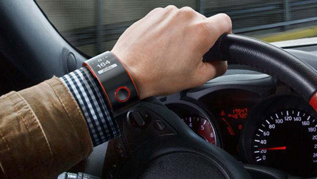 "Nissan enthüllt Autofahrer-Smartwatch ""Nismo"" (Bild: Nissan)"