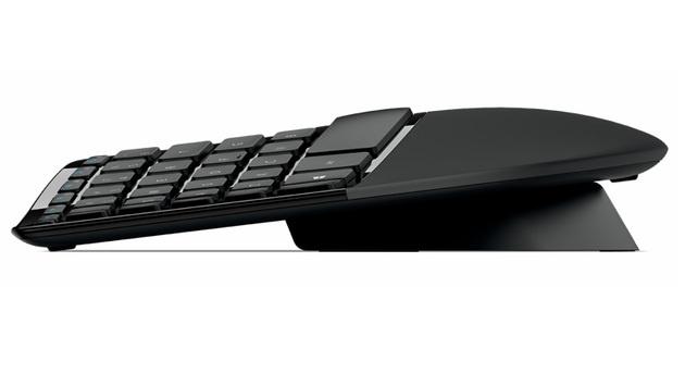 Wellenritt mit Microsofts ergonomischer Tastatur (Bild: Microsoft)