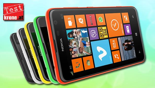 Ein echtes Billig-Phone: Nokias Lumia 625 im Test (Bild: Nokia, thinkstockphotos.de)