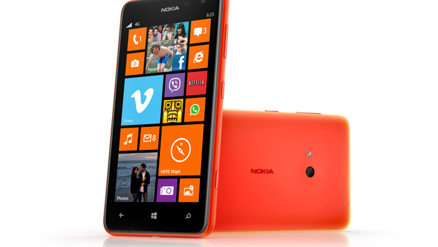 Ein echtes Billig-Phone: Nokias Lumia 625 im Test (Bild: Nokia)