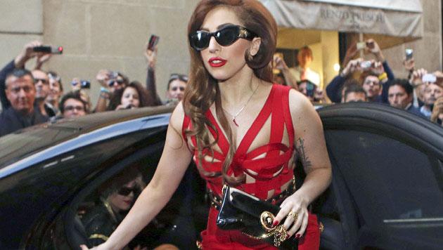 Heiße Szenen in Lady Gagas neuem Musikvideo (Bild: EPA)