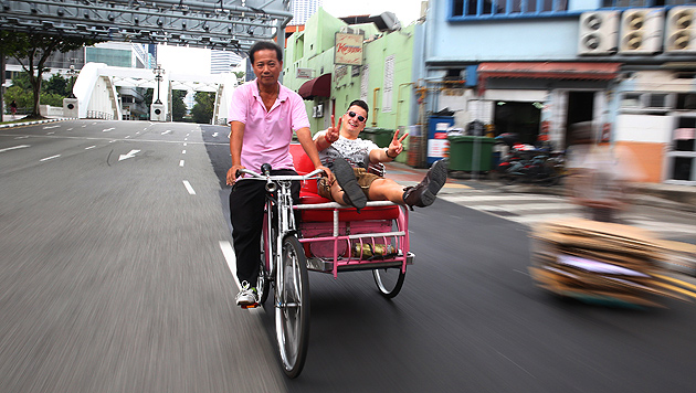 'Volks-Rock-'n'-Roller' Gabalier erobert Singapur (Bild: Sepp Pail)