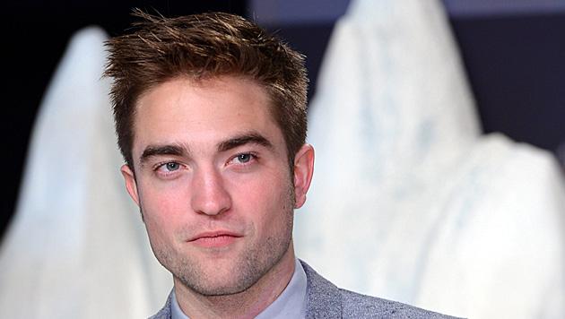 Pattinson fehlt für viele Rollen der Sixpack (Bild: EPA)