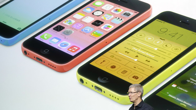 """Cook: """"Wir wollten nie ein Billig-iPhone bauen"""" (Bild: AP)"""