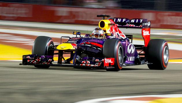 Vettel gewinnt zum 3. Mal in Serie in Singapur (Bild: EPA)
