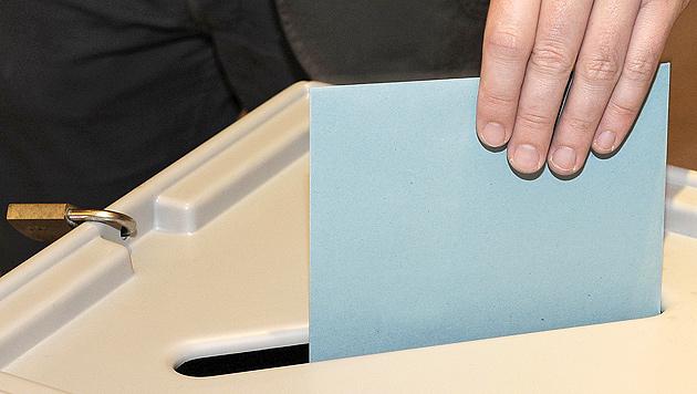 31.000 Karten-Wähler verschoben keine Mandate mehr (Bild: APA/ROBERT PARIGGER)