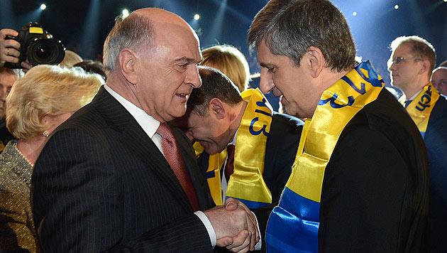 Pröll mit dem ehemaligen ÖVP-Vizekanzler Michael Spindelegger (Bild: APA/Helmut Fohringer)