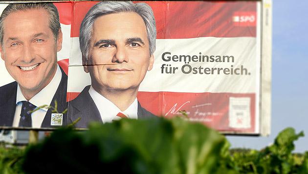 Erste SPÖ-Funktionäre wollen Öffnung Richtung Blau (Bild: APA/HARALD SCHNEIDER, krone.at-Grafik)