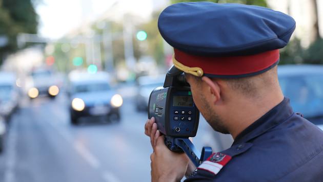 Polizisten erhielten erneut Befehl zum Abkassieren (Bild: Peter Tomschi)