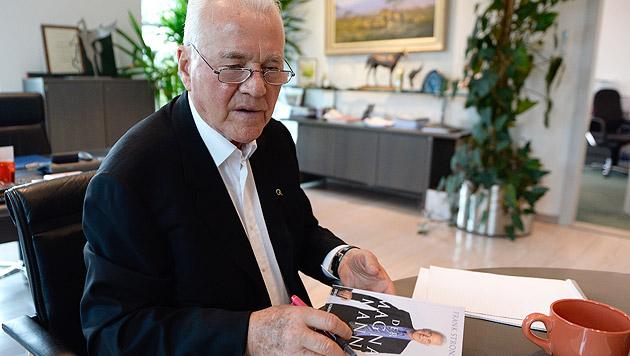 Polit-Abenteurer Stronach will sein Geld zurück (Bild: APA/Robert Jäger)