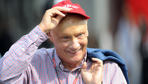 Standpauke von Lauda nach Mercedes-Pleite (Bild: DPA/David Ebener)