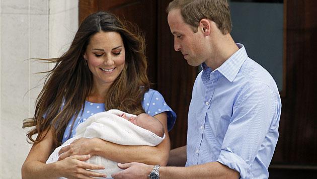 Prinz George macht bald seine erste Weltreise (Bild: AP)