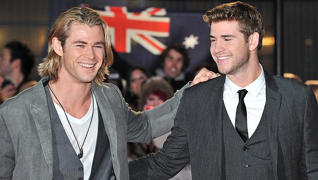 """Chris und Liam Hemsworth: """"Wir bekämpfen uns oft"""" (Bild: EPA)"""