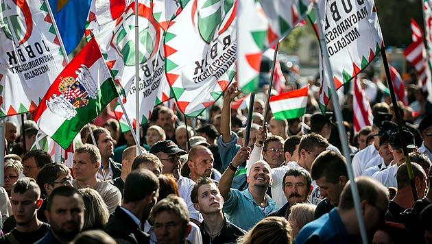 Ungarns Rechtsextreme gründen Wiener Freundeskreis (Bild: AP)