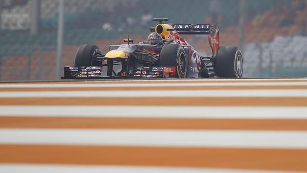 Vettel in beiden Freitagstrainings am schnellsten (Bild: AP)