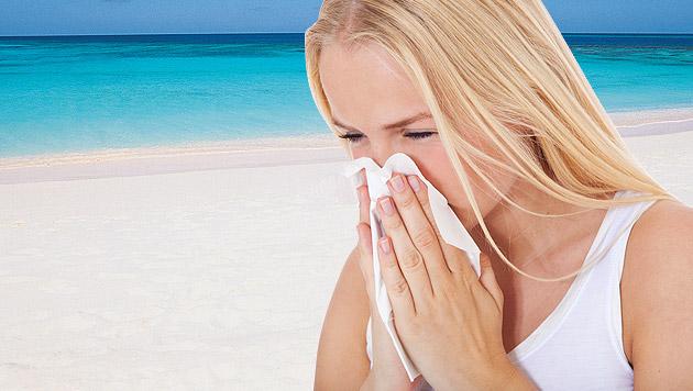 Im Urlaub krank geworden - was tun? (Bild: thinkstockphotos.de, krone.at-Grafik)