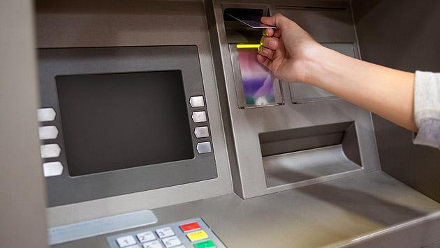 Kanadische Schüler hackten Bankomat während Pause (Bild: thinkstockphotos.de)