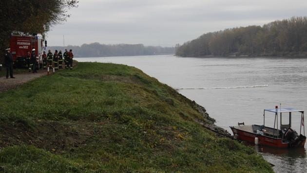 """""""Massiver Ölteppich"""" auf der Donau in NÖ entdeckt (Bild: BFKDO Tulln/Johannes Öllerer)"""