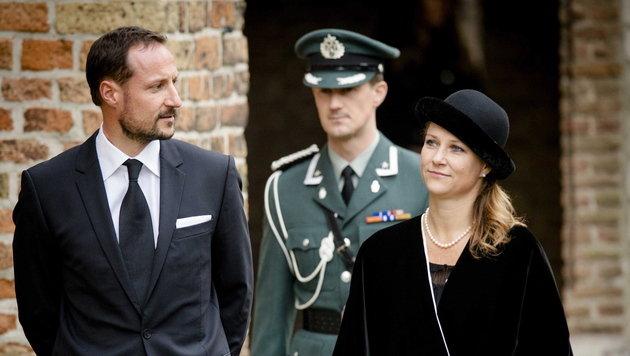Niederländische Königsfamilie gedachte Prinz Friso (Bild: EPA)