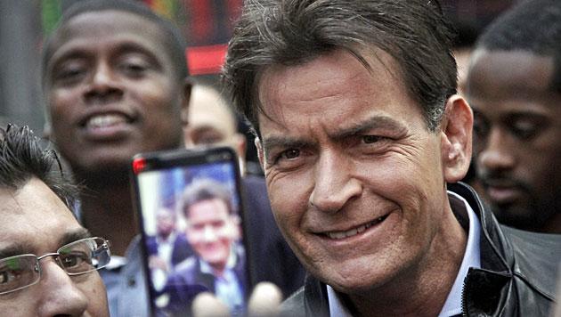 Charlie Sheen darf seine Kinder nicht sehen (Bild: AP)