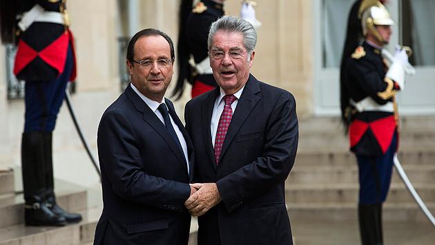 Fischer besucht Frankreichs Präsident Hollande (Bild: EPA)