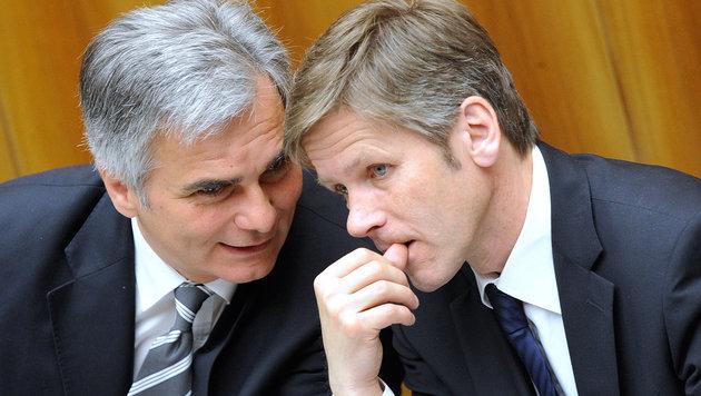 Keine Anklage gegen Faymann und Ostermayer (Bild: APA/ROBERT JAEGER)