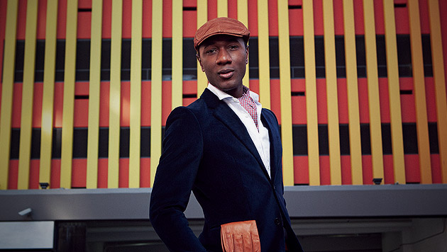 Soulstar Aloe Blacc nimmt den Weckruf vom Strom (Bild: Universal Music)