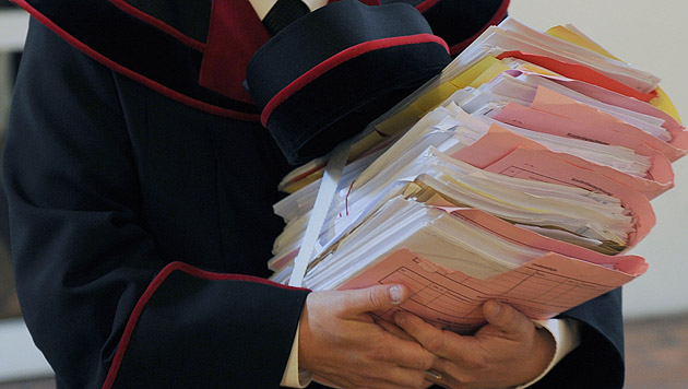 Streit um Würstelstand: Enteignung war rechtmäßig (Bild: APA/Barbara Gindl)
