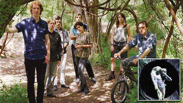 Arcade Fire auf der Suche nach dem großen Ganzen (Bild: Universal Music)