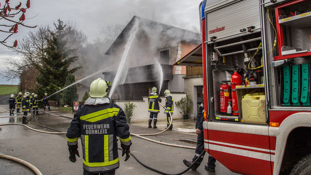 Erhitztes Öl löst Küchenbrand in NÖ aus (Bild: APA/BFKDO HOLLABRUNN)