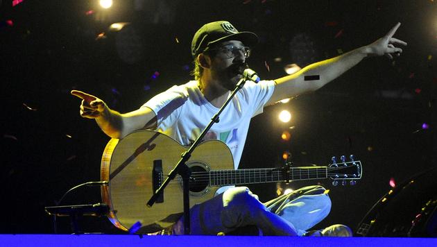 Musiker Thomas David freut sich über 100.000 Euro (Bild: APA/HERBERT PFARRHOFER)