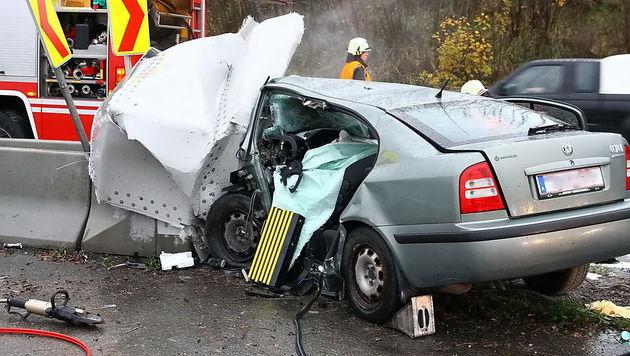 Junger Pkw-Lenker rast auf Autobahn in den Tod (Bild: FMT-Pictures)