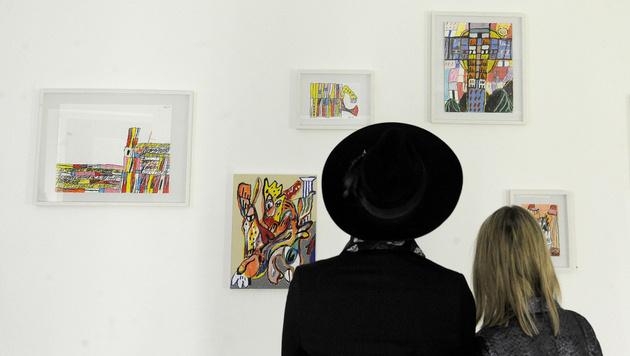 Adam Green als Maler von Hundertwasser inspiriert (Bild: APA/HERBERT PFARRHOFER)
