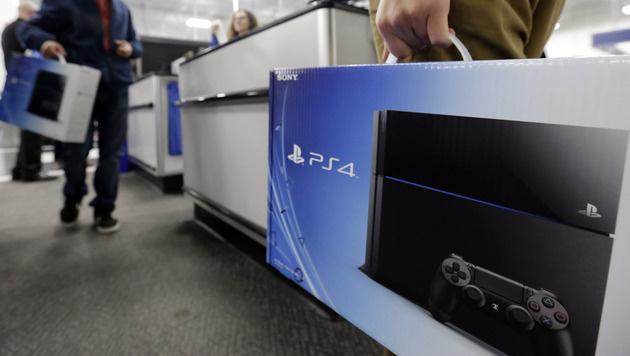 Sony hat über 20 Millionen PS4-Konsolen verkauft (Bild: AP)