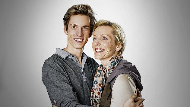 """Schlierenzauers Mama: """"Ich habe Angst um Gregor"""" (Bild: P&G, krone.at-Grafik)"""
