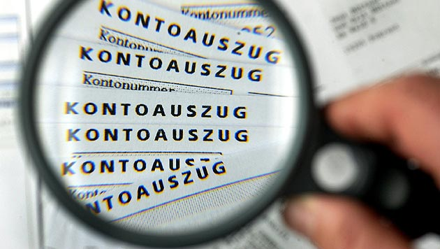 "Betrüger knöpfen ""Lottogewinner"" 190.000 Euro ab (Bild: dpa/Jens Büttner)"