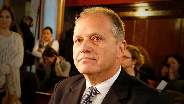 Neuer Prozess gegen Strasser startet am 4. März (Bild: Martin Jöchl, krone.at-Grafik)