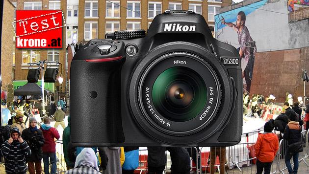 So schlägt sich die Nikon D5300 im Live-Einsatz (Bild: Nikon, Sebastian Räuchle, krone.at-Grafik)